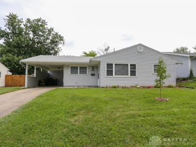 Fairborn Single Family Home For Sale: 1226 Hemlock Drive