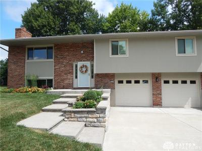 Beavercreek Single Family Home Active/Pending: 2097 Crab Tree Drive