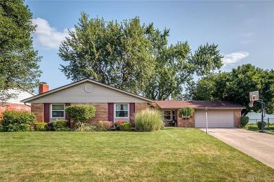 Single Family Home Active/Pending: 703 Washington Street