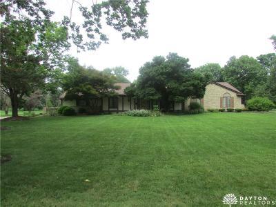 Dayton Single Family Home For Sale: 61 Sunnyridge Lane