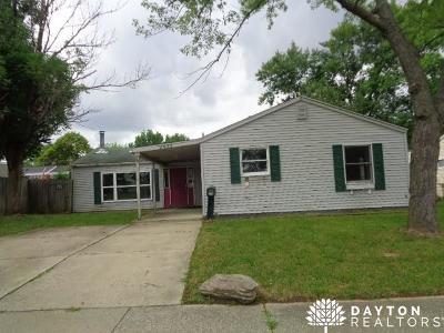Kettering Single Family Home Active/Pending: 2033 Hazel Avenue