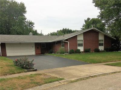 Huber Heights Single Family Home For Sale: 4961 Pennswood Drive