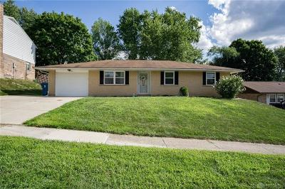 Dayton Single Family Home Active/Pending: 4924 Arrowview Drive