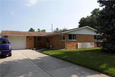 Fairborn Single Family Home Active/Pending: 1077 Peidmont Drive