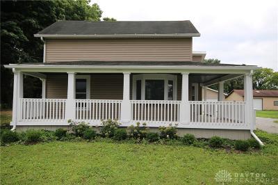 New Carlisle Single Family Home Active/Pending: 10631 New Carlisle Pike