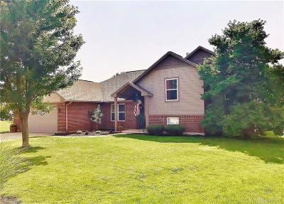 Beavercreek Single Family Home For Sale: 2252 Charleston Way