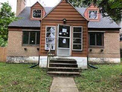Dayton Single Family Home For Sale: 2301 Alpine Way