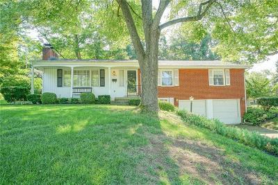 Fairborn Single Family Home Active/Pending: 1216 Davis Drive