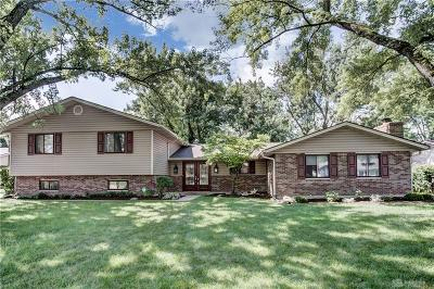Dayton Single Family Home Active/Pending: 520 Chipplegate Drive
