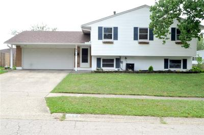 Dayton Single Family Home For Sale: 6412 Luton Court