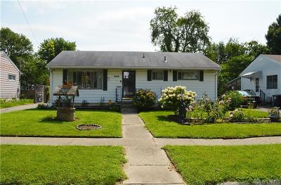 Dayton Single Family Home For Sale: 1686 Selkirk Road