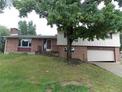 Dayton Single Family Home For Sale: 6600 Morrow Drive