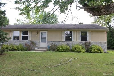 Dayton Single Family Home For Sale: 62 Chaplen Drive