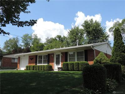 Dayton Single Family Home For Sale: 1475 Raymont Drive