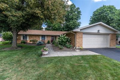 Kettering Single Family Home For Sale: 2349 Sugar Maple Drive