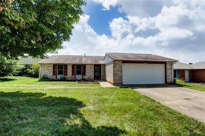 Dayton Single Family Home For Sale: 8764 Mardi Gras Drive