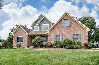 Fairborn Single Family Home Active/Pending: 1521 Graceland Drive