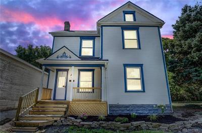 Dayton Single Family Home For Sale: 420 Oak Street