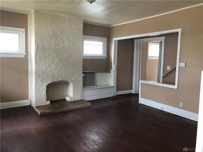 Dayton Single Family Home For Sale: 2115 Wayne Avenue