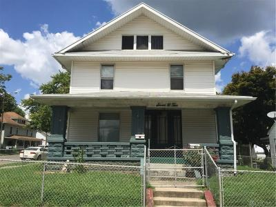 Springfield Single Family Home For Sale: 702 Sherman Avenue