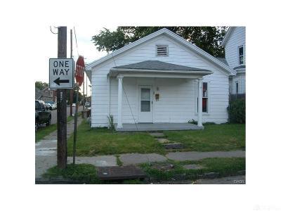 Dayton Single Family Home For Sale: 71 McReynolds Street