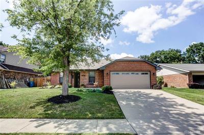 Dayton Single Family Home For Sale: 8951 Davidgate Drive