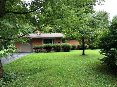 Bellbrook Single Family Home Active/Pending: 1761 Bledsoe Drive
