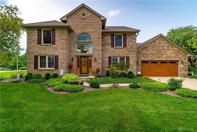 Dayton Single Family Home Active/Pending: 2651 Langtree Lane