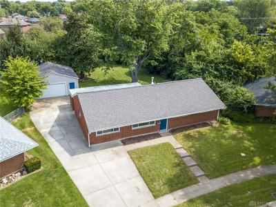 Huber Heights Single Family Home Active/Pending: 4425 Lambeth Drive