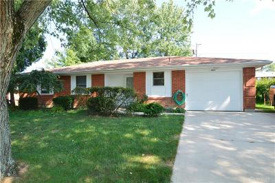 Huber Heights Single Family Home For Sale: 6431 Taylorsville Road