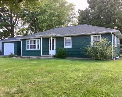Xenia Single Family Home For Sale: 718 Monroe Drive