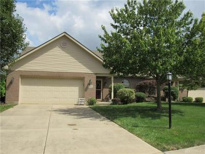 Englewood Single Family Home For Sale: 2010 Swallowtail Court