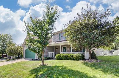 Springboro Single Family Home For Sale: 215 Jeanne Drive