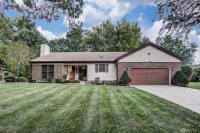 Beavercreek Single Family Home Active/Pending: 4043 Middlebrook Drive