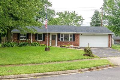 Xenia Single Family Home Active/Pending: 1624 Gayhart Court