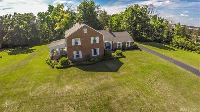 Beavercreek Single Family Home For Sale: 2735 Lillian Lane