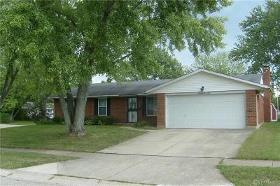 Huber Heights Single Family Home For Sale: 7150 Dial Drive