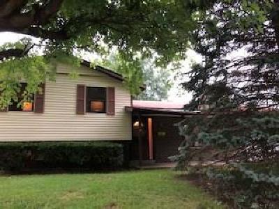Englewood Single Family Home For Sale: 1034 Heathwood Drive