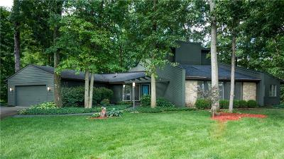 Troy Single Family Home Active/Pending: 660 Blossomwood Court