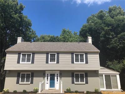 Oakwood Single Family Home For Sale: 17 Thruston Boulevard