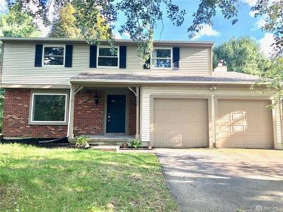 Dayton Single Family Home For Sale: 5808 Woodpine Court