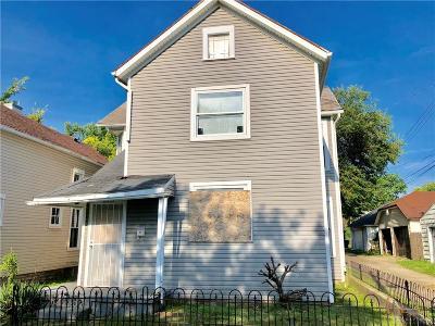 Dayton Multi Family Home Active/Pending: 213 Martz Avenue