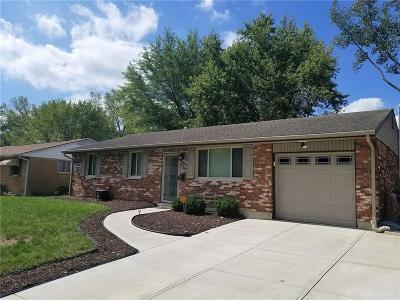 Dayton Single Family Home Active/Pending: 823 Longvale Drive