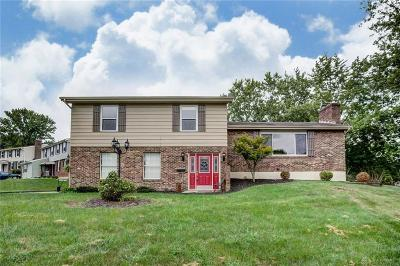 Dayton Single Family Home For Sale: 5062 Strathaven Drive