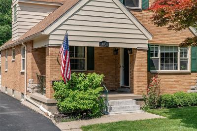 Kettering Single Family Home For Sale: 445 Cushing Avenue