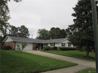 Fairborn Single Family Home For Sale: 1339 Horizon Drive