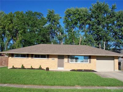 Huber Heights Single Family Home Active/Pending: 5212 Pocono Drive