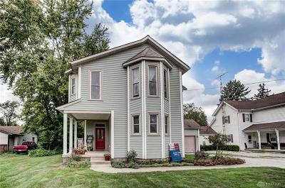 Jamestown Single Family Home Active/Pending: 48 Limestone Street
