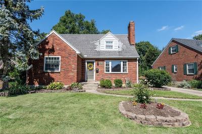 Dayton Single Family Home For Sale: 929 Devonshire Road