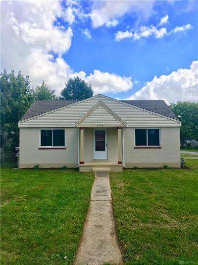 Dayton Single Family Home Active/Pending: 304 Waneta Avenue
